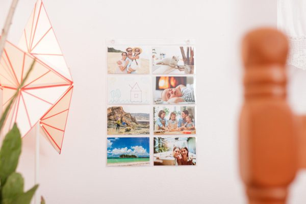 """4"""" x 6"""" Photo Holder Sleeve for Hanging on the Wall"""